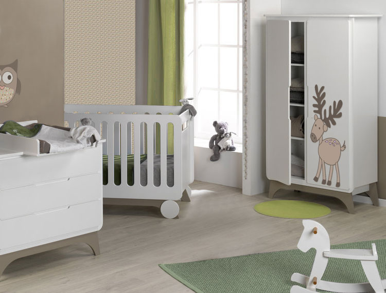 Chambre chambre b b fille rose et taupe 1000 id es for Chambre taupe et rose