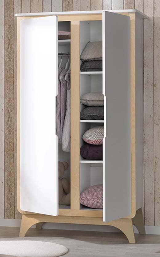 Armoire Svenska blanche et bois ouverte