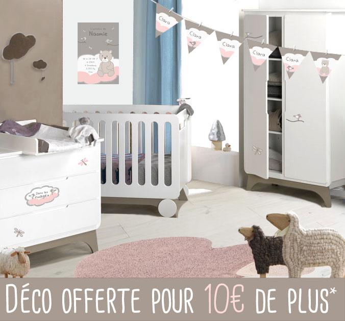 Chambre Bébé Complète SVENSKA Blanc Lin Et Décoration Dans Les Nuages Rose
